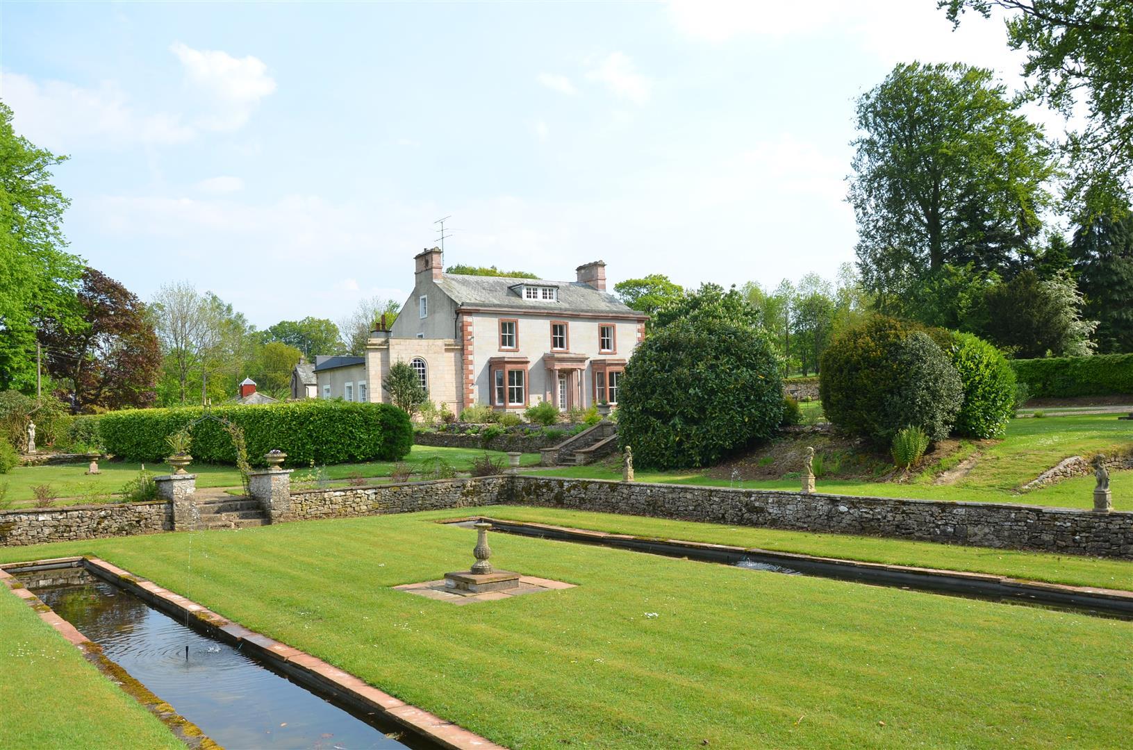 Holesfoot House, Maulds Meaburn, Penrith, Cumbria, CA10 3HX